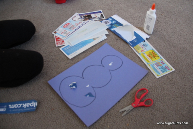 Snowman collage craft using junk mail is a nice way to help kids work on fine motor skills using materials found in the home.