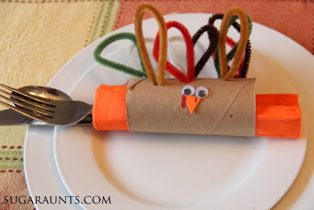 Use the turkey napkin ring craft as a Thanksgiving kids table craft.