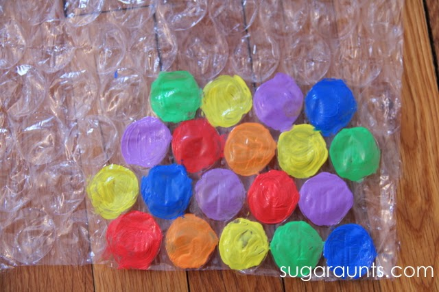 Kids will explore colors in this finger dexterity game.