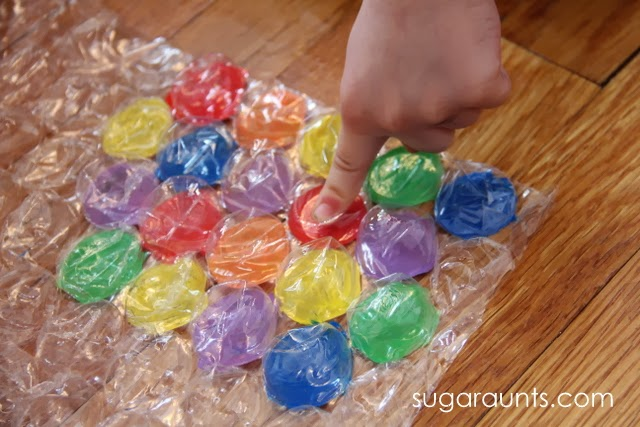 Fun fine motor game for kids.