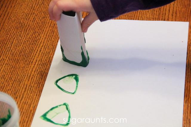 Toilet paper roll Christmas tree stamp art for kids