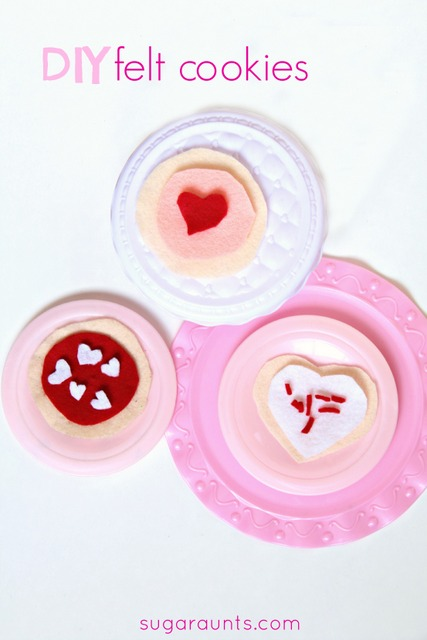 Easy no-sew felt cookies for Valentine's Day or any day! These are so cute for pretend play.