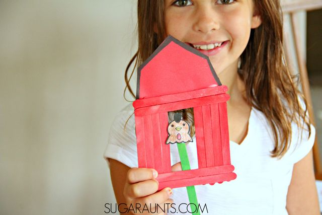 Big Red Barn Book activity with a barn craft and farm animal puppets.  Preschool (and older kids!) love this activity for pretend play and imagination.