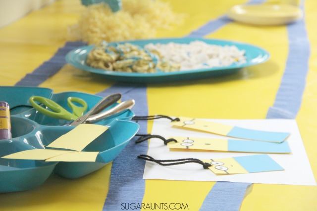 Minion movie night party decorations, minion crafts, and minion snacks #MinionsMovieNight ad