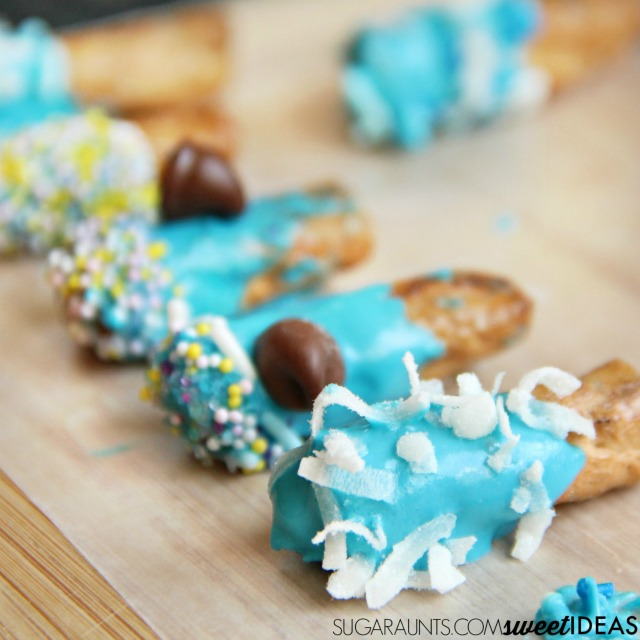 Chocolate diped pretzel bites are perfect for cooking with kids and a cooking activity at preschool or a play date! Love these for kids parties, too!