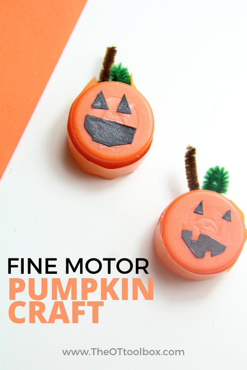 Work on fine motor skills with kids using this fine motor pumpkin craft.